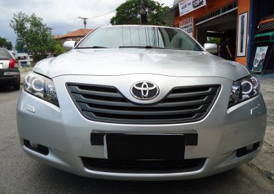 Toyota Camry (Frontal)