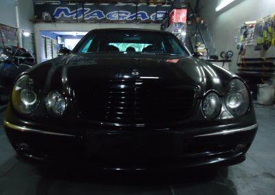 Mercedes E320 (Frontal)